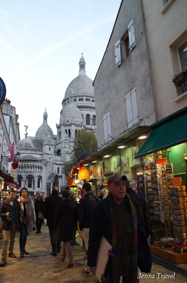 Ruelle Montmartre   -   Nikon D5100 - ISO800 - f/7.1